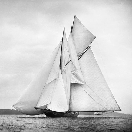 Beken Of Cowes - Prince of Wales Sailing Yacht Britannia, 1894
